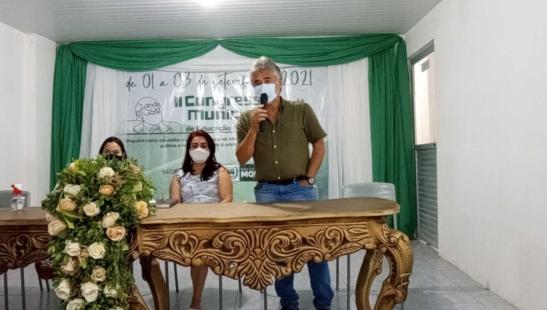 SECRETARIA DE EDUCAÇÃO REALIZOU CONGRESSO MUNICIPAL DE EDUCAÇÃO EM MORENO